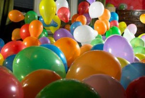 http://www.nsha6.com/20/upload/images/balloons1.jpg